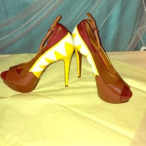 Schutz platform RARE high heeled pumps